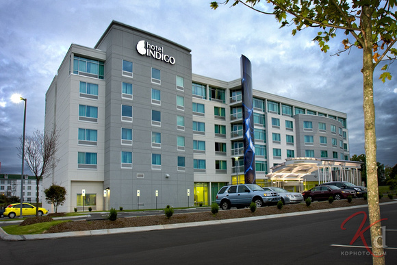 commercial-photography-hotel-indigo-raleigh-durham-rtp-nc-exterior-1
