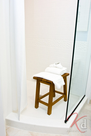 commercial-photography-hotel-indigo-raleigh-durham-rtp-shower-1