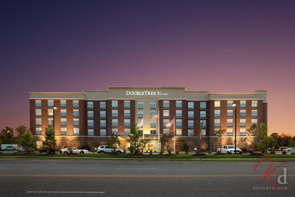 commercial-photography-doubletree-by-hilton-cary-nc-front-exterior-1
